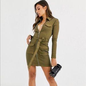 NWT Khaki stretch zippered utility dress